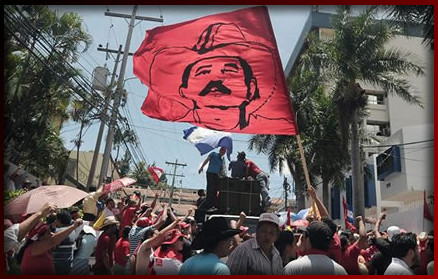Honduras: Demonstrationen (Foto: teleSUR)